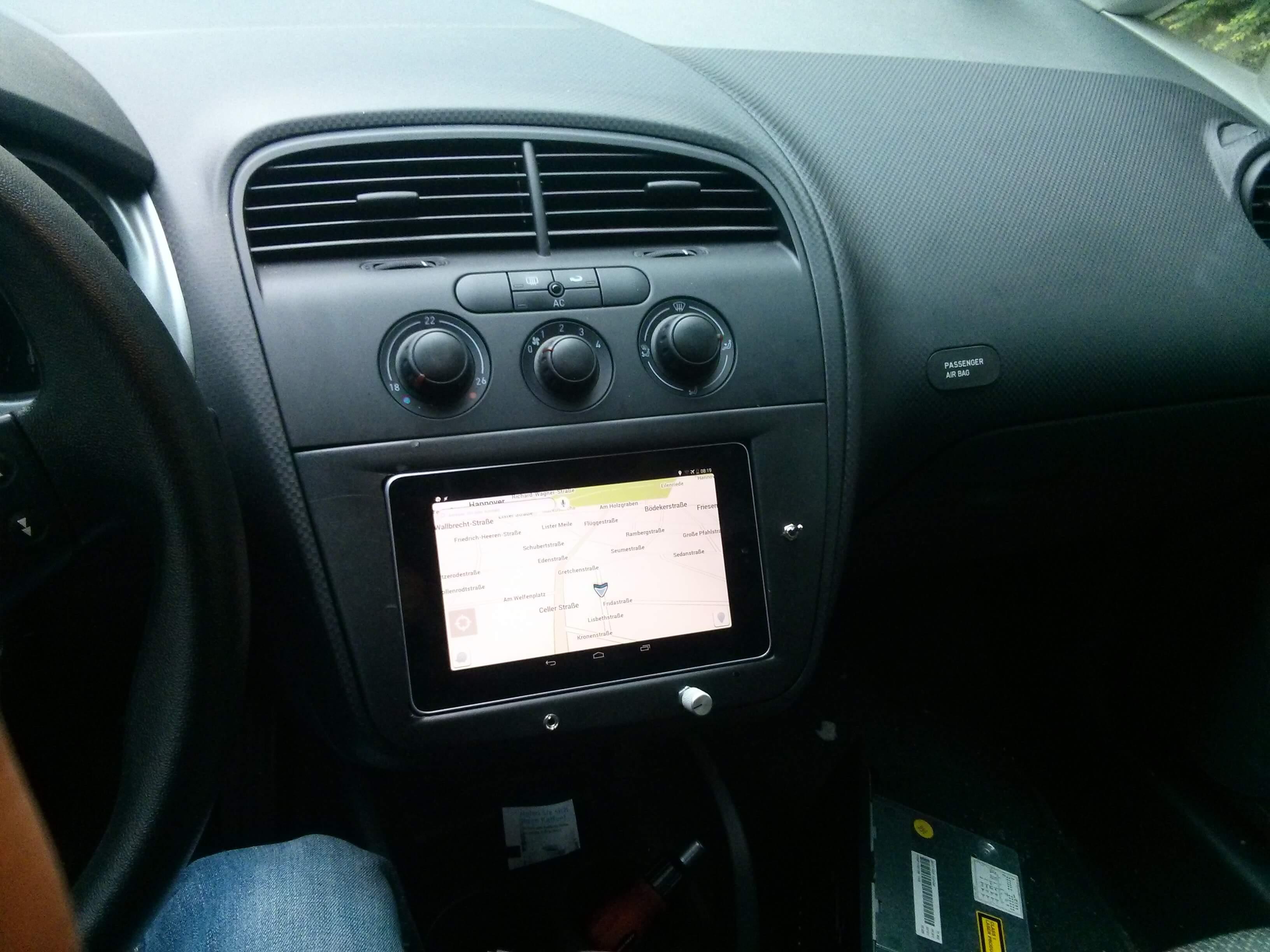 Nexus 7 als Autoradio mit Multifunktionslenkrad - Wustis Blog