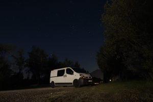 Mein Bus bei Nacht am Brauneck